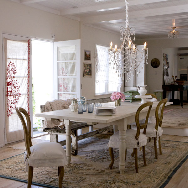 Shabby Chic Inspired Dining