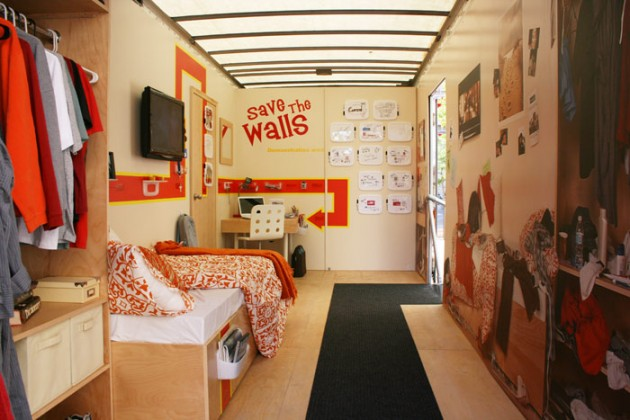 7 tips for decorating a college dorm room for Hall room decoration ideas