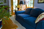 329005greatroomwithtaylorkingsofawithcustompillows
