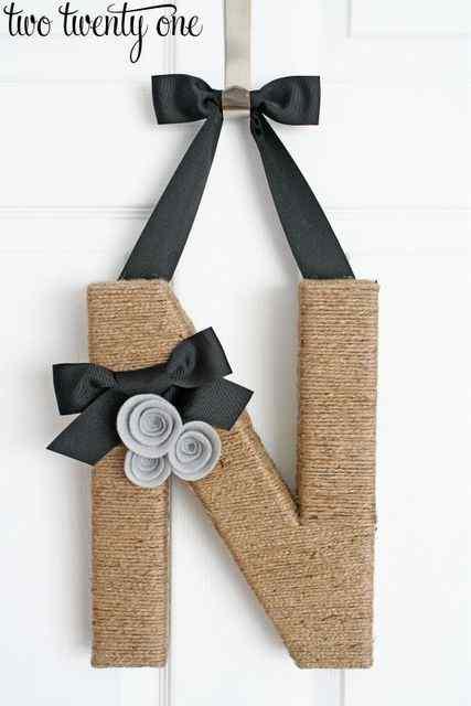 the hanging initials door decorating idea