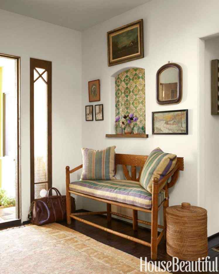 Step into Your Home with 17 Great Entryway Furniture Ideas