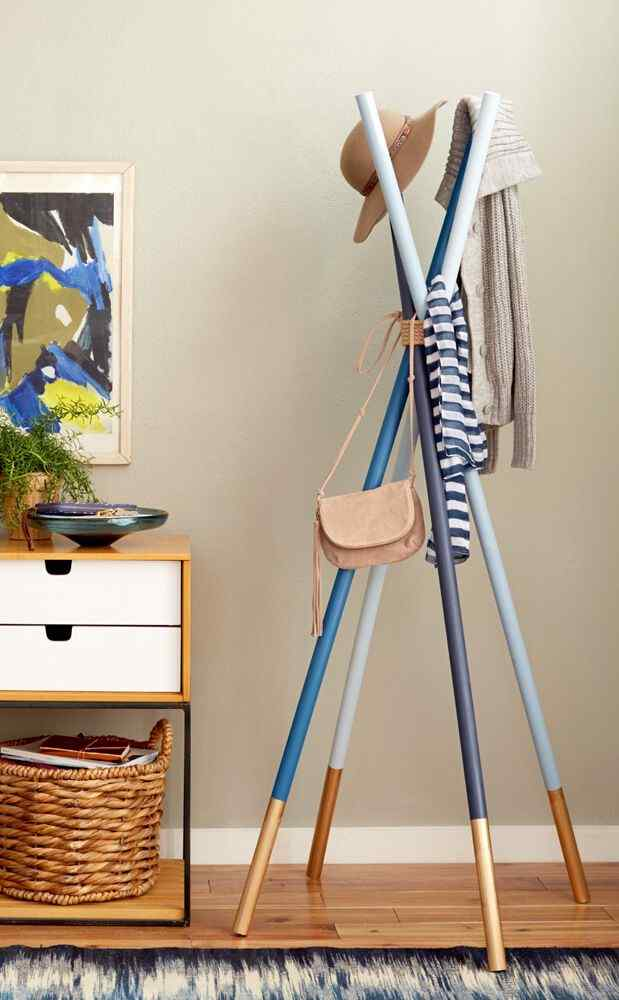 16 Easy DIY Hat Rack Ideas to Stack Your Hats