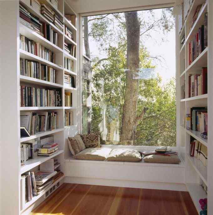 The Book Nerd's bedroom