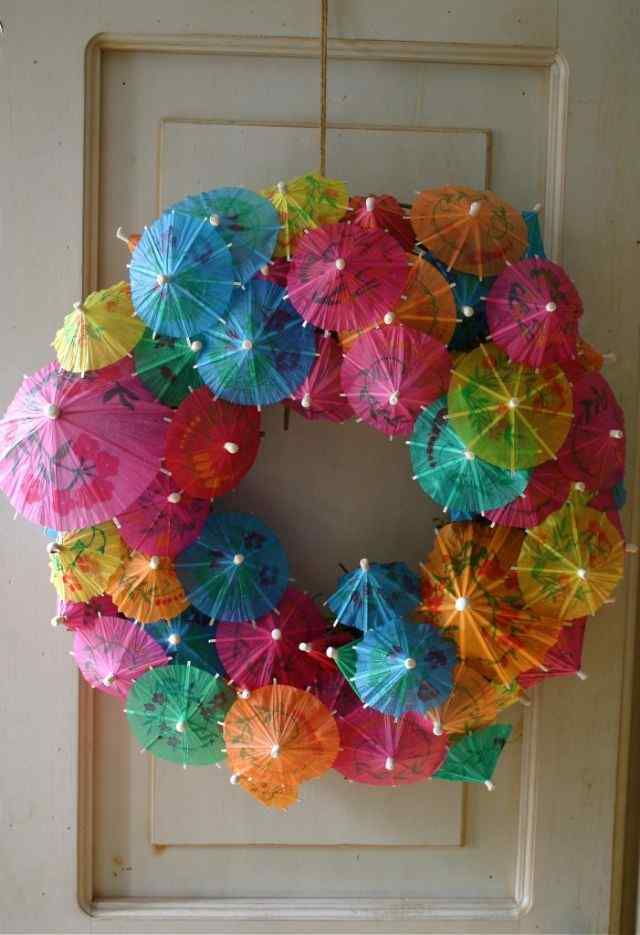 Umbrella Wreath door idea