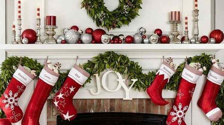 17 Christmas Mantel Decorating Ideas to Light up Your Home