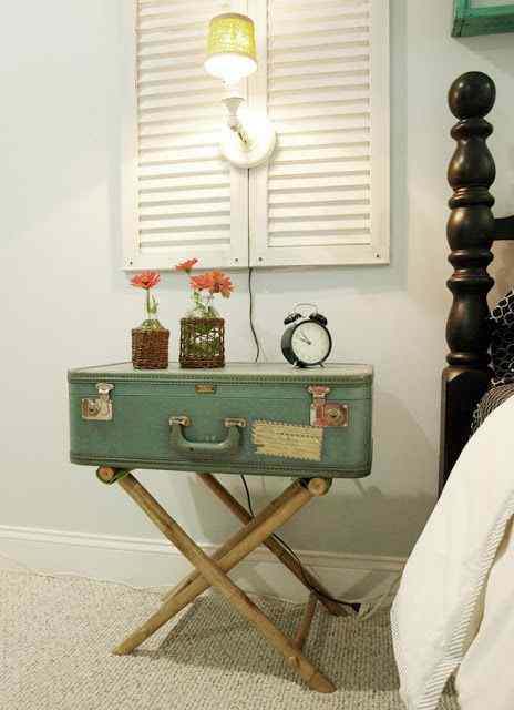 giving your bedroom a vintage DIY touch