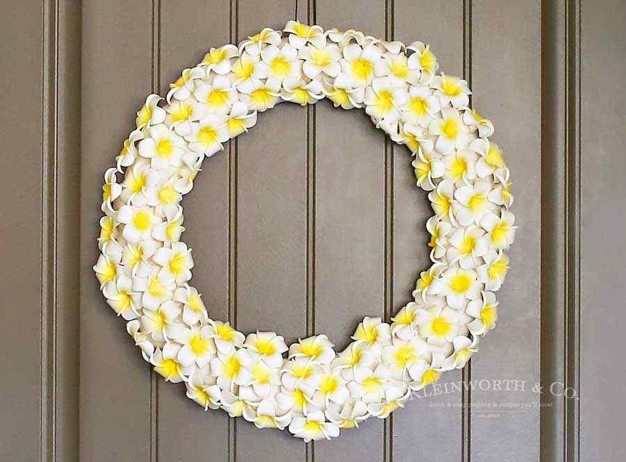 Flower Wreath Door Decoration Ideas