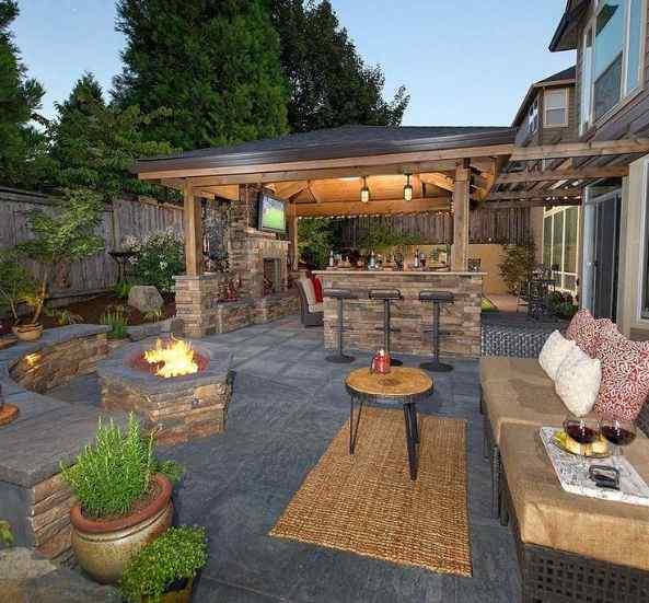 Brick and Wood backyard design