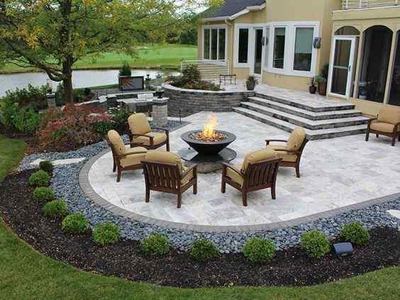 Patio Idea For A Bigger Lawn