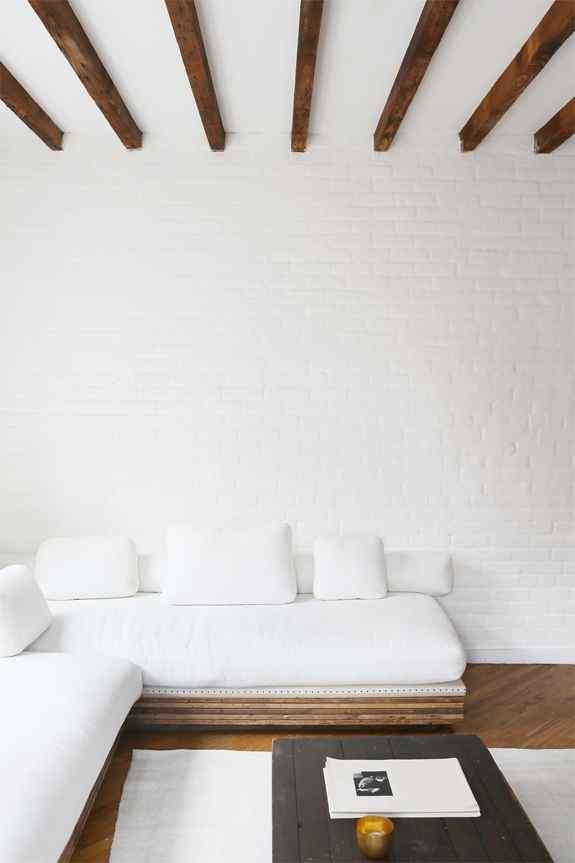 The Minimalist bedroom