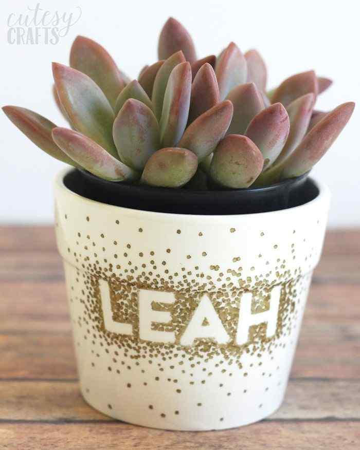 Personalize your flower Pot