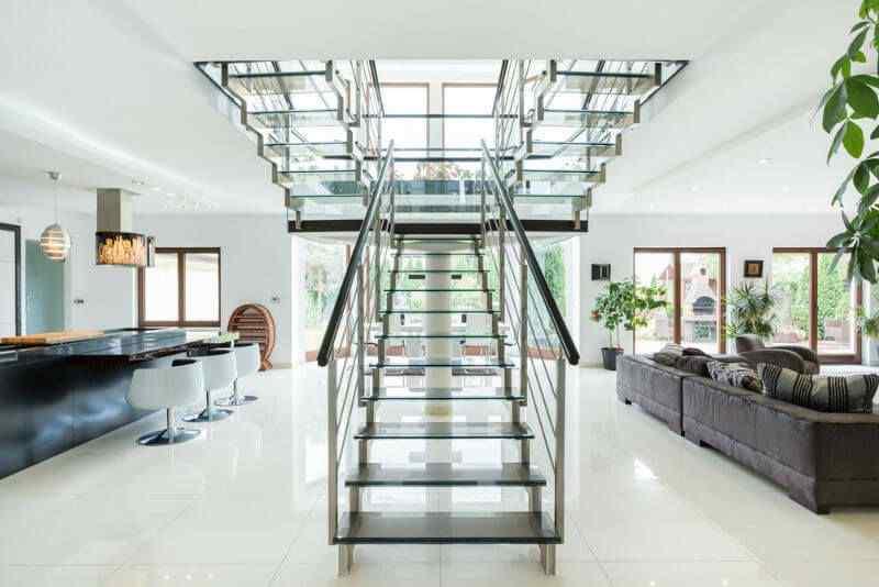 Modern Glass stair railing design