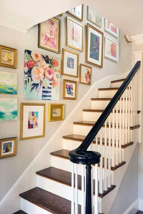 Best Way to Hang Pictures: 16 Creative Picture Hanging Ideas for